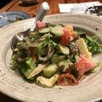 居酒屋 をさむ - 野菜たっぷりサラダ