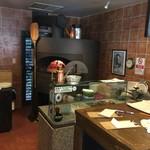 ア フェネステッラ - 立派なピザ釜が鎮座