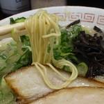 博多らーめん 濱田屋 - 博多ラーメン680円