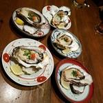 炭火焼と旬のおさかな 菜の花 - 生牡蛎勢ぞろい