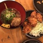 大衆酒場ホームラン食堂 - とんこつ(豚角煮)、鶏の唐揚げ