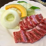 ジュージューハウス - 【熊本県産 あか牛ロースセット(2,100円)】熊本県産 あか牛150g、焼き野菜、ごはん&スープ(おかわり自由)のセットです。