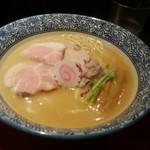 79381960 - 鶏白湯醬油そば