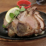 ベルサイユの豚 - 豚肩ロースのステーキ270g1390円