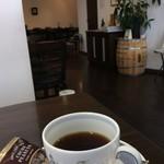 アカシヤ - コーヒーはスッキリ美味しかったです。