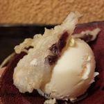 魚侍 はなれ - 安永餅揚げのバニラアイス添え