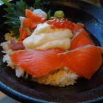 Hokkaido Gourmet Dining 北海道 - 鮭といくらの親子丼