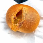 ラヴィアンローズ ベーカリー - 料理写真:ベーコンポテト 151円