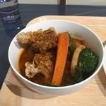 ビストロミナミヤ - ザンギと素揚げ野菜たっぷり