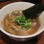 大八車 - 煮干醤油ラーメン750円