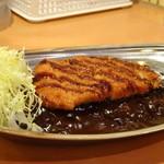 ゴーゴーカレー - ◆ロースカツカレー(エコノミー:680円)・・カツは冷凍品を揚げた品のように感じたとか。 お味は普通だそう。