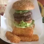 ビッグスマイル - アボカドバーガー+お肉追加(1100円)