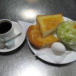 ペテスコ 白樺 - モーニング トースト