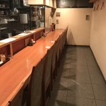 炭焼 ちきんかばぶ - 店内はこじんまりとした…隠れ家的な空間