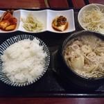 味音 - プルコギ鍋(680円)※日替わりランチ