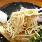 麺 まる井 - 中太麺