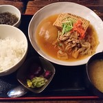 梵天 - 温たか肉豆富(900円)※日替わり定食