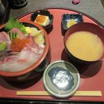 79415410 - 海鮮ちらし(¥1,000)