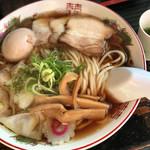 79415494 - らー麺Do・Ni・Bo(朝らー全部のせ、青汁)