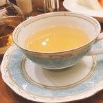 ナッツベリー - レンコン茶
