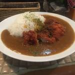 キッチンダディー - カレー500円+チキンカツ150円