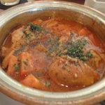 エンカウンター - ビストロ丼(チキンとトマト煮込み)