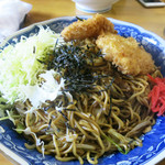 楽喜亭 - ソース焼きそばハムかつ(750円)+大盛(150円)