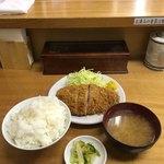 とんかつ いちよし - ロースかつ定食('18/01/15)