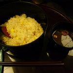 あたみ 石亭 - 玉蜀黍と桜海老じゃこの炊き込み御飯 赤出し すべて完食