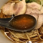 中華蕎麦 三藤 - 中華そば醤油味、味玉付き