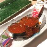 鮨 割烹 福松 - いくら新年-2