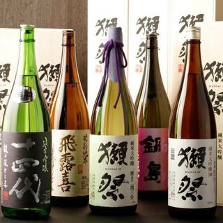 日本酒にこだわる!美酒銘酒!!地酒はエリア屈指の品揃え