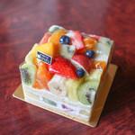 hanafru - 季節のフルーツケーキ☆