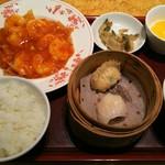 赤坂璃宮 - 海老チリセット ¥1850