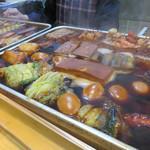 博多のおでん - 定番からビックリネタまで沢山あります。