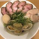 Ramen うらつじ - 肉塩卵1100円