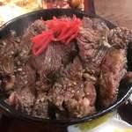 松の家 - 牛ステーキ丼
