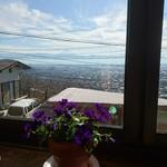 79447084 - 富士山が見えます