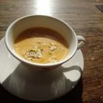 カフェ・ド・クレプスキュール - スープ  濃厚です