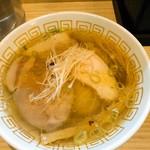 中村麺三郎商店 - 塩らぁ麺 780円
