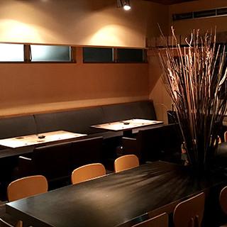 原宿駅すぐの大人の隠れ家◆喧騒を感じさせない穏やかな空間◆