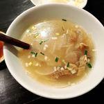 ホルモン焼肉 縁 - 牛すじと大根のスープ
