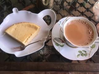 ダージリン 日暮里店 - チーズケーキ、チャイ