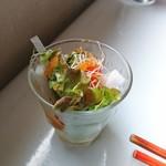 カフェトーチカ - サラダ:オムライス(チーズフォンデュ)(侍盛り)(トッピング:エビフライ)