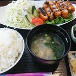 79457986 - トンカツ定食