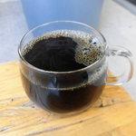 ブルーボトルコーヒー 清澄白河 ロースタリー&カフェ - ジャイアント・ステップス
