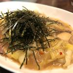 クワトロチンクエ - 牡蠣と白菜の和風パスタ