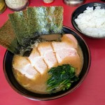 79460749 - チャーシュー麺とライス