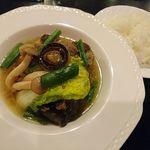 TANTO屋 - やわらか骨付き牛テール肉のコンソメ煮 2018.1