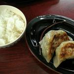 麺や 燕華 - セットメニューのご飯と餃子